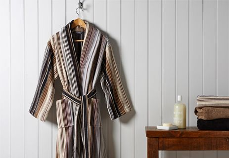 Capsule Stripe Robe