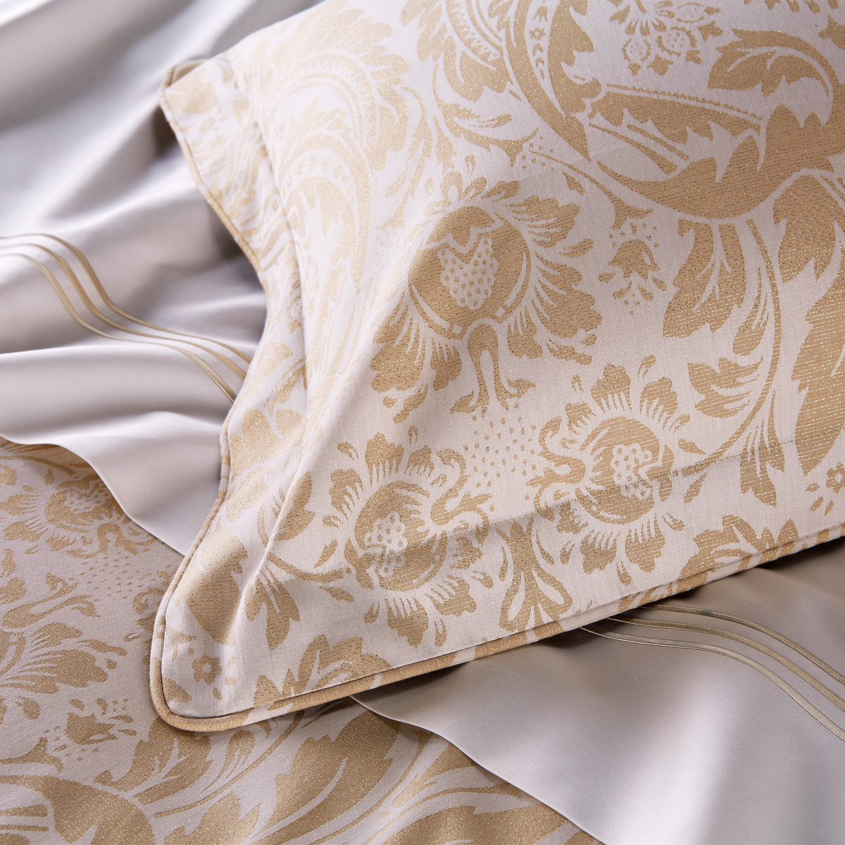 Premium Hotel Blenheim Bed Linen Collection Christy