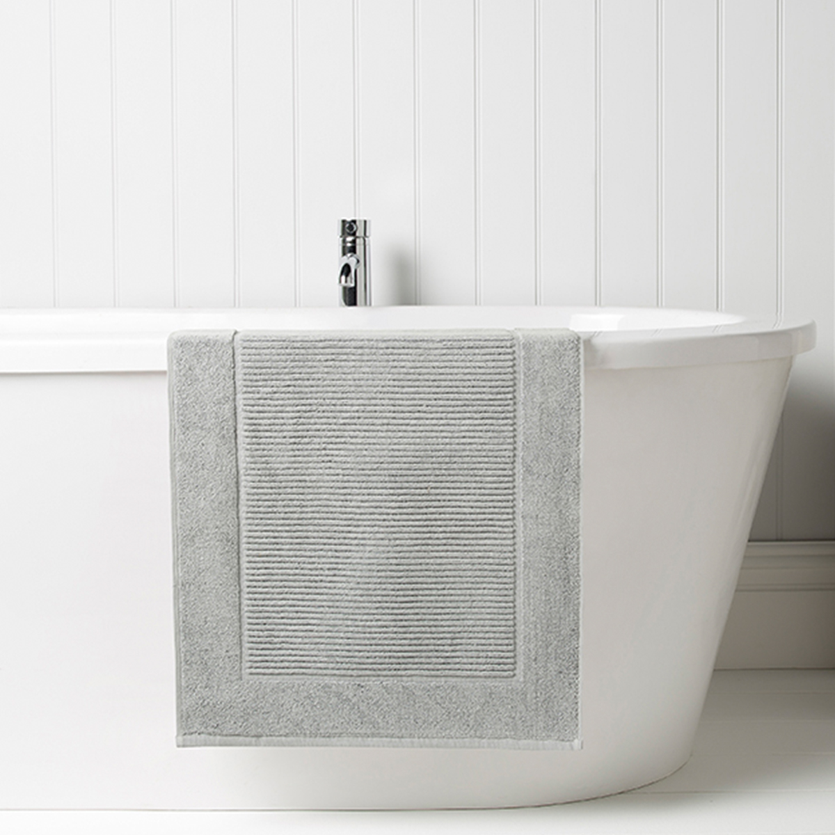 Christy Supreme Bath Mat Silver Christy