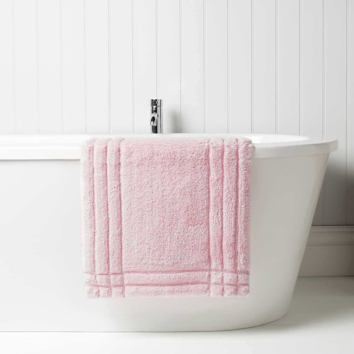 Christy Bath Rug Pink