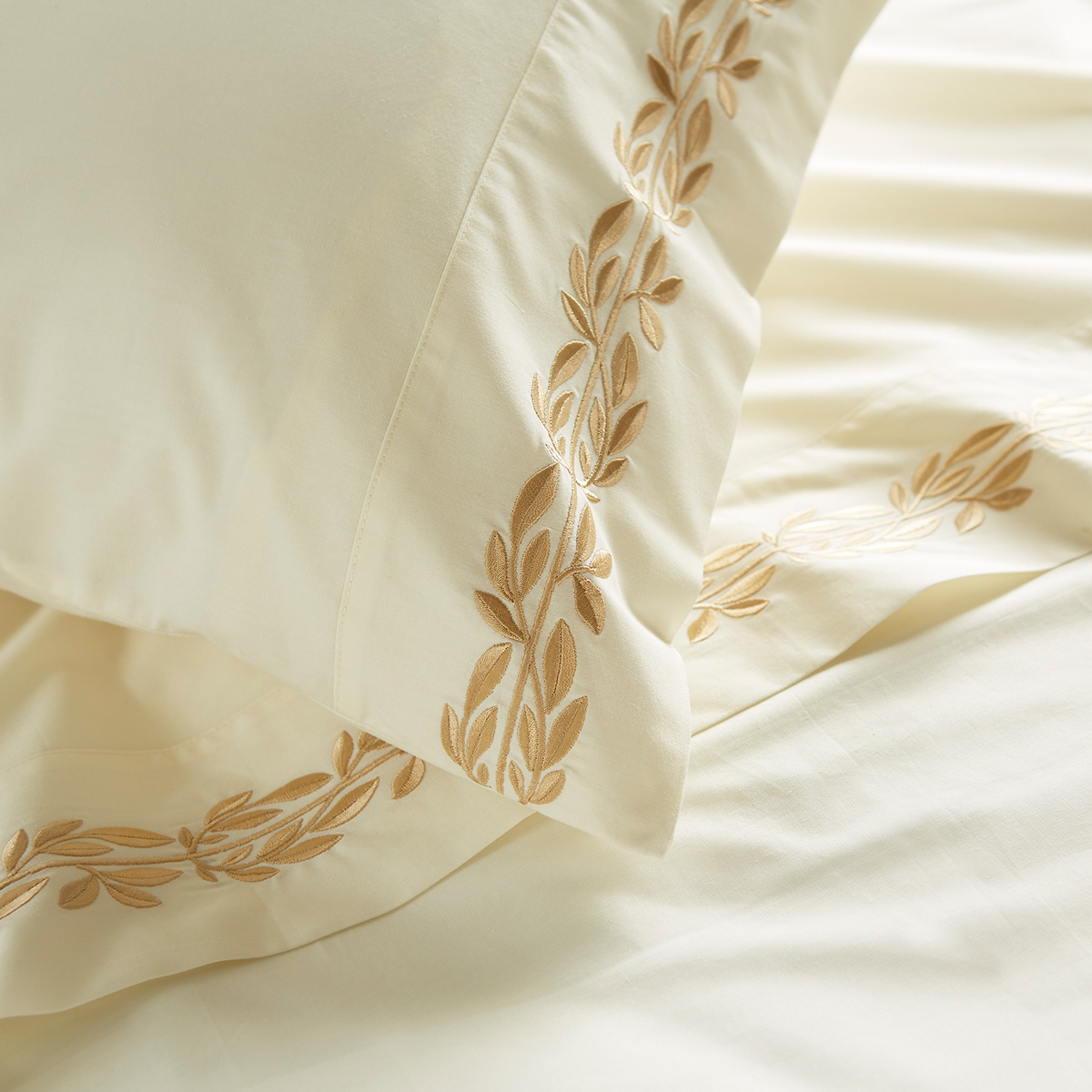 An image of Luxury Cotton Medici Standard pillowcase pair in Rich Gold by Christy