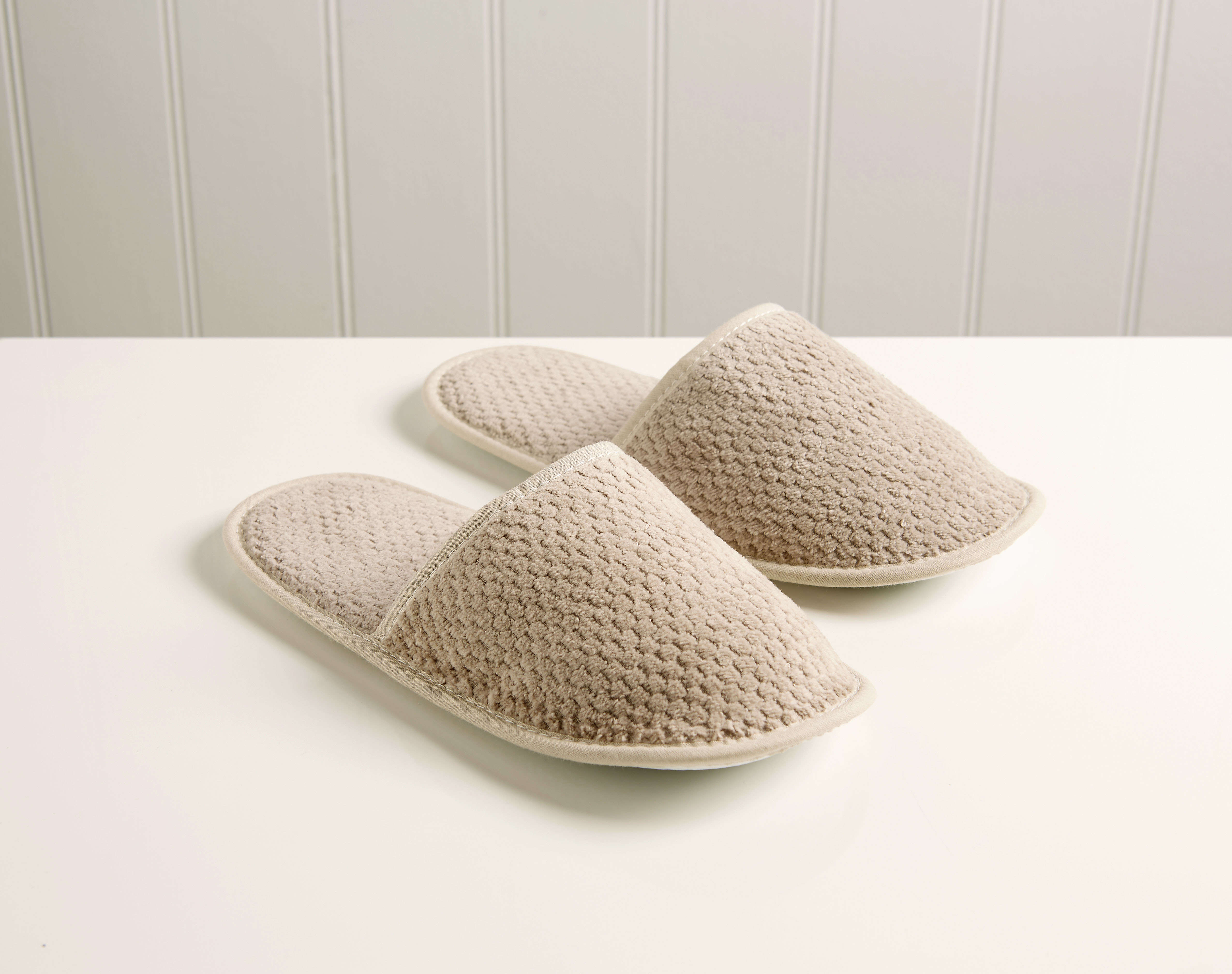An image of Brixton Slippers Pebble