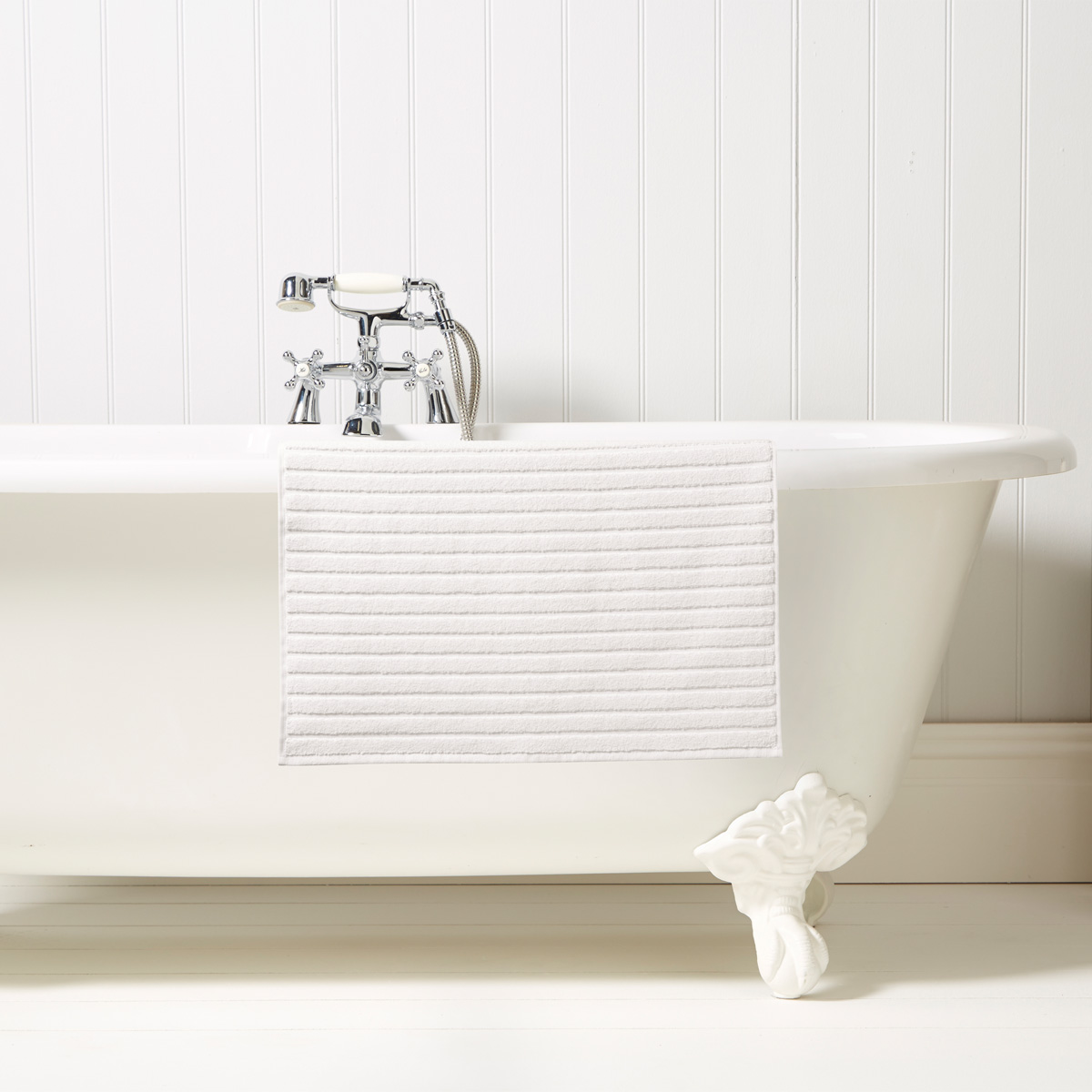 An image of Luxury Turkish Cotton Prism Bath Mat in White by Christy