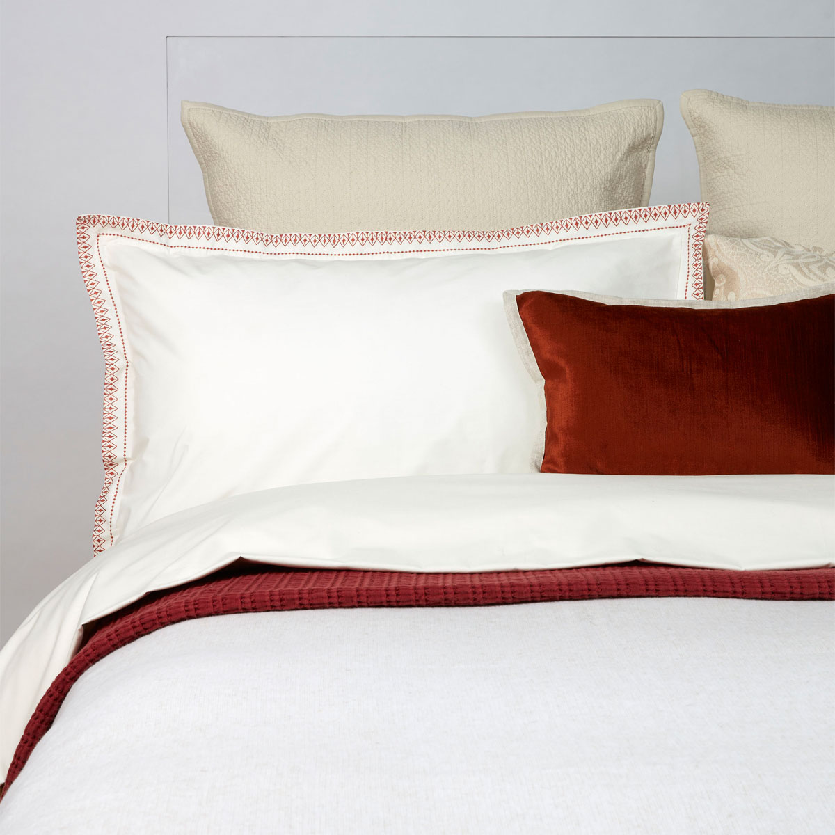 An image of Luxury Cotton Santa Fe Bed Linen King Duvet Set in Rust (Orange) by Christy